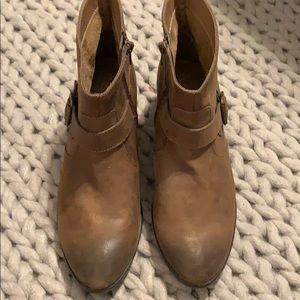 NWOT A2 by Aerosoles leather boots